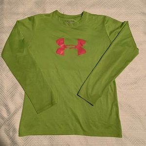 Girls Under Armour Shirt.  Youth Large.
